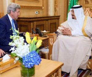 Secretary Kerry Sits With King Salman of Saudi Arabia. (Flickr)
