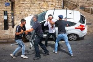 injured Jewish man